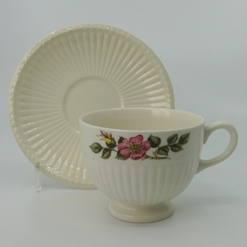 Wedgwood Briar Rose Teacup with Dish Large