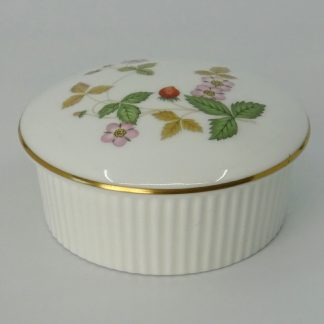 Wedgwood Wild Strawberry Rond Doosje met Ribbels