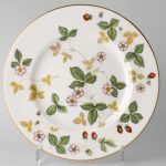 Wedgwood Wild Strawberry Gebaksbord 15.5 cm Goud
