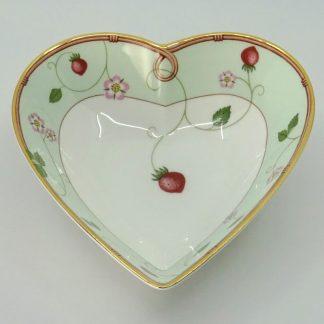 Wedgwood Wild Strawberry Schaaltje Hart