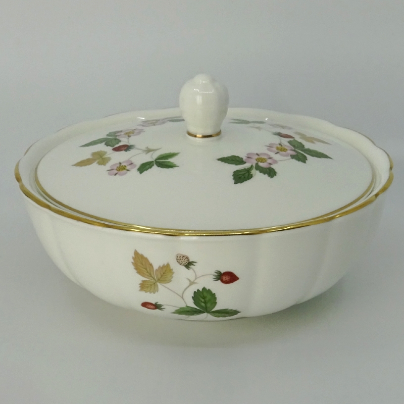 Wedgwood Wild Strawberry Murray Schaal