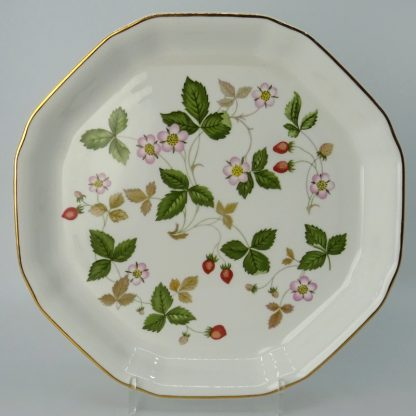 Wedgwood Wild Strawberry Serveerschaal 24,5 cm