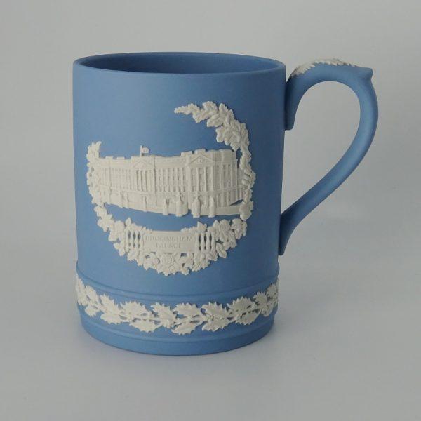 Wedgwood Jasperware Kerstbeker Buckingham Palace 1979